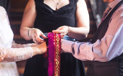 What's a Wedding Celebrant? Why do we want one?